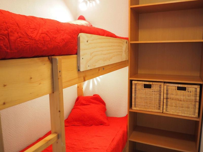 Location au ski Studio cabine 4 personnes (120) - Résidence Villaret - Les Menuires