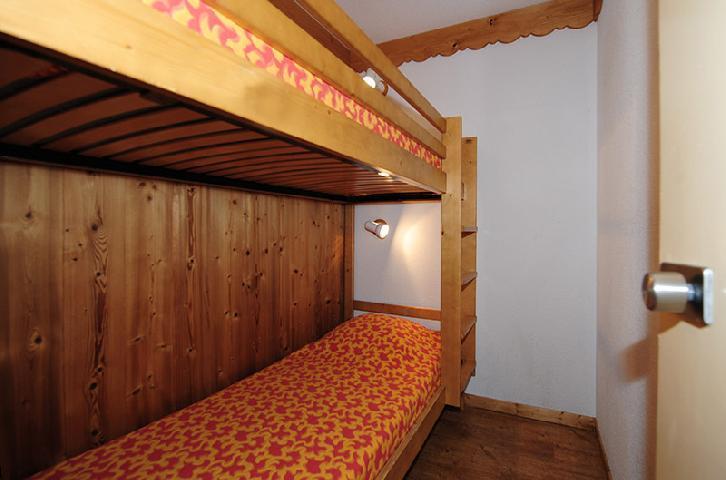Location au ski Appartement 2 pièces cabine 5 personnes (104) - Résidence Villaret - Les Menuires - Lits superposés