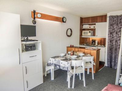 Rent in ski resort 1 room apartment 4 people (14) - Brelin - Les Menuires - Apartment