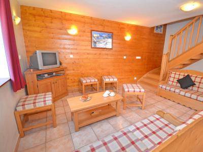 Location au ski Chalet Balcon Cime de Caron - Les Menuires - Séjour
