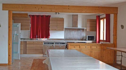 Location au ski Chalet Brequin - Les Menuires - Cuisine ouverte