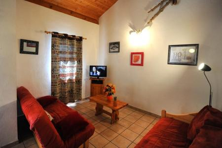 Rent in ski resort 4 room duplex apartment 10 people - Chalet Cristal - Les Menuires - Living room