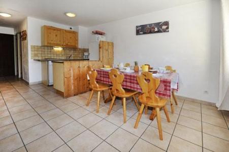 Location au ski Appartement 3 pièces 6 personnes - Chalet Cristal - Les Menuires - Salle à manger