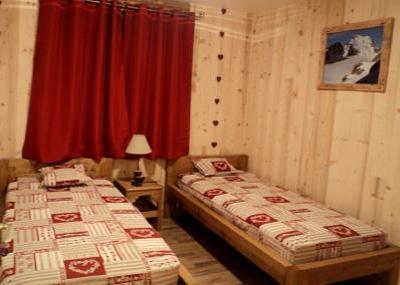 Location au ski Chalet mitoyen 7 pièces 12 personnes - Chalet Du Berger - Les Menuires - Chambre