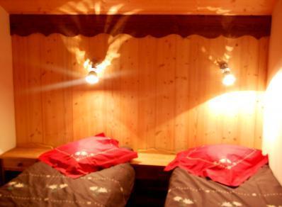 Location au ski Chalet Geffriand - Les Menuires - Lit simple
