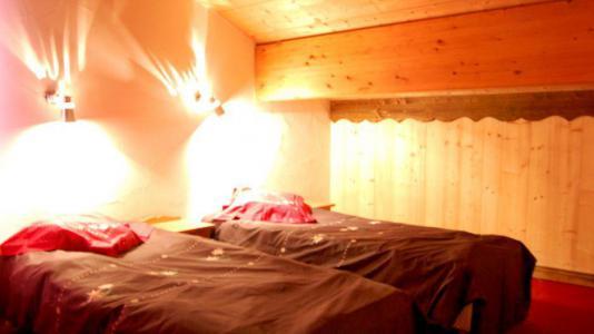 Location au ski Chalet Geffriand - Les Menuires - Lits twin