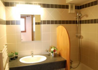 Location au ski Chalet Geffriand - Les Menuires - Salle de bains