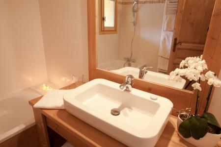 Location au ski Chalet La Dame Blanche - Les Menuires - Salle de bains
