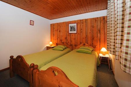 Location au ski Appartement 3 pièces 4-6 personnes - Chalet le Chamois - Les Menuires - Lit simple