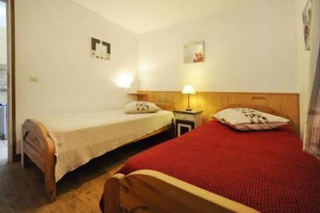 Location au ski Appartement 3 pièces 6 personnes (2) - Chalet le Cristal - Les Menuires - Chambre