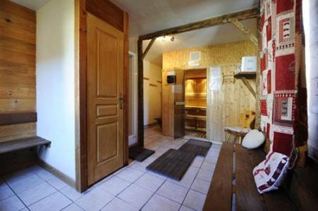 Location au ski Appartement 3 pièces 6 personnes (2) - Chalet Le Cristal - Les Menuires - Couloir