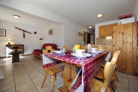 Location au ski Appartement 3 pièces 6 personnes (2) - Chalet Le Cristal - Les Menuires - Table