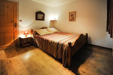 Location au ski Appartement 5 pièces 8 personnes - Chalet le Génépi - Les Menuires - Lit double