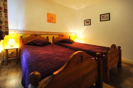 Location au ski Appartement 5 pièces 8 personnes - Chalet le Génépi - Les Menuires - Lit simple