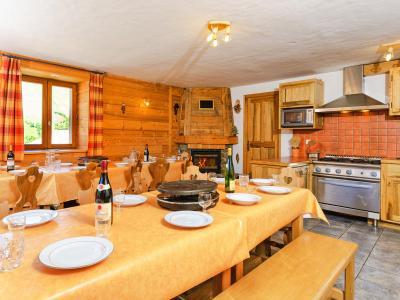 Location au ski Chalet Levassaix - Les Menuires - Salle à manger