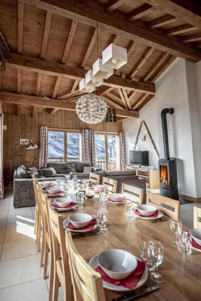 Location au ski Chalet Lili - Les Menuires - Table
