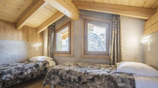 Location au ski Chalet Matangie - Les Menuires - Chambre mansardée