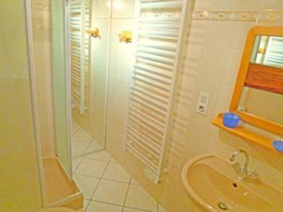 Location au ski Chalet 7 pièces 12 personnes - Chalet Trois Vallees - Les Menuires - Salle de bains