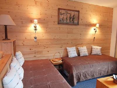 Rent in ski resort 2 room apartment 5 people (1) - Chanteneige la Croisette - Les Menuires - Living area