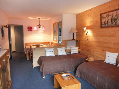 Rent in ski resort 2 room apartment 5 people (1) - Chanteneige la Croisette - Les Menuires - Settee