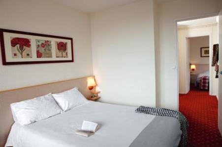 Location 2 personnes Chambre Privilège (1 adulte + 1 enfant -12 ans) (CH2+S) - Hotel Belambra Club Neige Et Ciel