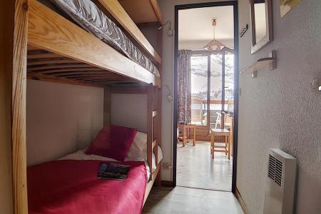 Rent in ski resort Studio cabin 3 people (622) - La Résidence Astragale - Les Menuires - Bunk beds