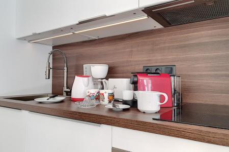 Rent in ski resort 2 room apartment 4 people (09) - La Résidence Burons - Les Menuires - Apartment