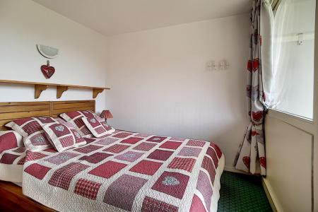 Rent in ski resort 3 room apartment 6 people (607) - La Résidence Burons - Les Menuires - Living room