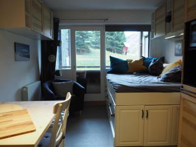 Location au ski Studio 3 personnes (06) - La Résidence Burons - Les Menuires - Appartement