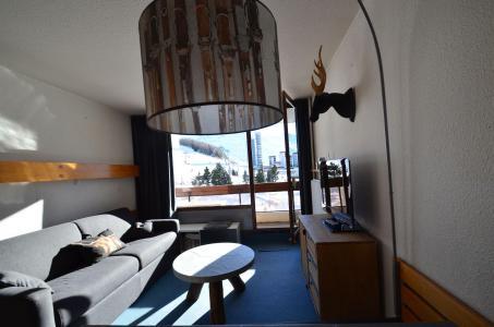 Wynajem na narty Apartament 2 pokojowy 4 osób (223) - La Résidence Chavière - Les Menuires - Ławką