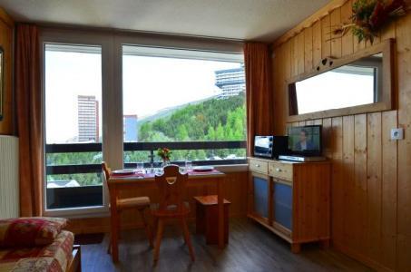 Location au ski Studio 2 personnes (431) - La Residence Chaviere - Les Menuires - Extérieur hiver