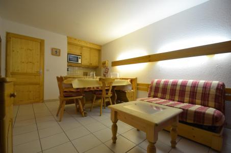 Location au ski Studio coin montagne 5 personnes (714) - La Résidence Chavière - Les Menuires - Séjour