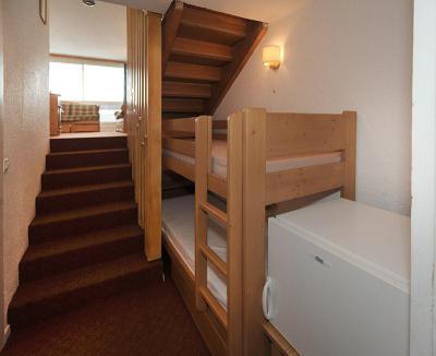 Soggiorno sugli sci Appartamento su due piani 2 stanze per 5 persone (925) - La Résidence le Danchet - Les Menuires - Angolo notte