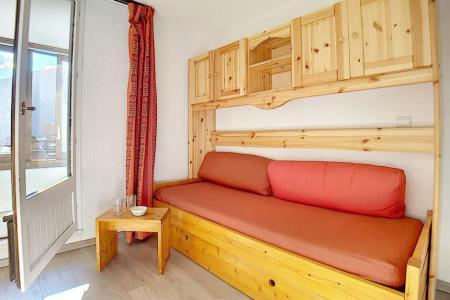 Location au ski Studio cabine 4 personnes (224) - La Residence Le Sorbier - Les Menuires - Banquette
