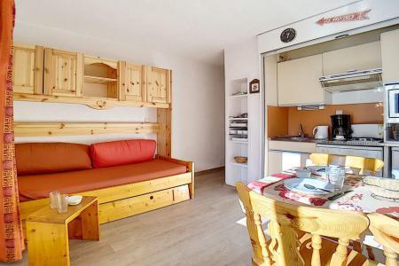 Location au ski Studio cabine 4 personnes (224) - La Residence Le Sorbier - Les Menuires - Séjour