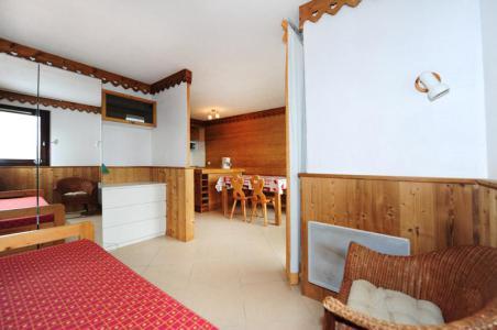 Rent in ski resort 2 room apartment cabin 4 people (607) - La Résidence le Villaret - Les Menuires
