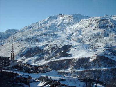 Location au ski La Residence Les Lauzes - Les Menuires - Extérieur hiver
