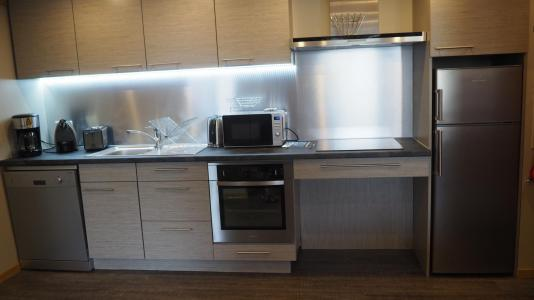 Rent in ski resort 4 room apartment 6 people (0003) - La Résidence Oisans - Les Menuires - Kitchenette