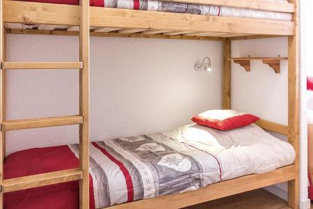 Soggiorno sugli sci Appartamento 2 stanze con alcova per 4 persone (2102) - La Résidence Ski Soleil - Les Menuires - Letti a castello