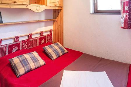 Soggiorno sugli sci Appartamento 2 stanze con alcova per 5 persone (1111) - La Résidence Ski Soleil - Les Menuires - Letto matrimoniale