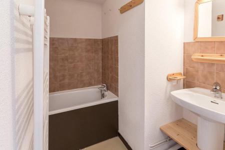 Soggiorno sugli sci Appartamento 2 stanze con alcova per 5 persone (1111) - La Résidence Ski Soleil - Les Menuires - Vasca da bagno