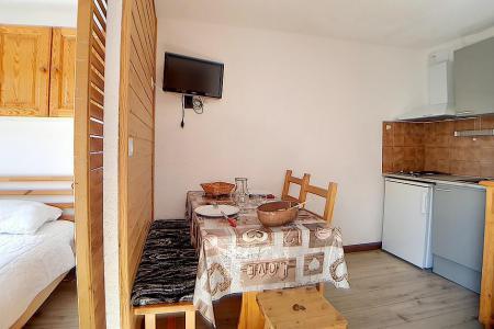 Location au ski Studio cabine 4 personnes (1510) - La Residence Ski Soleil - Les Menuires - Lits superposés