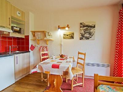 Rent in ski resort 1 room apartment 2 people (28) - Les Asters - Les Menuires - Apartment
