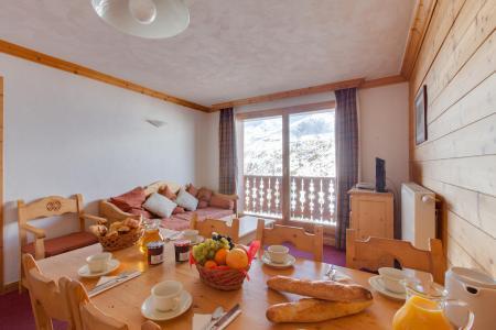 Location au ski Les Chalets de l'Adonis - Les Menuires - Salle à manger