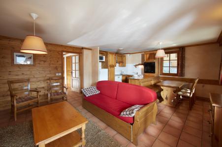 Rent in ski resort Les Chalets du Soleil - Les Menuires - Living area