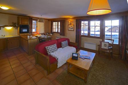 Rent in ski resort Les Chalets du Soleil - Les Menuires - Living room
