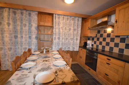 Location au ski Appartement 4 pièces 8 personnes (323) - Les Côtes d'Or Chalet Courmayeur - Les Menuires - Cuisine