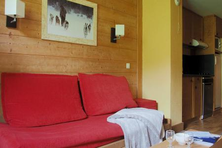 Rent in ski resort 3 room apartment 8 people (224) - Résidence Aconit - Les Menuires
