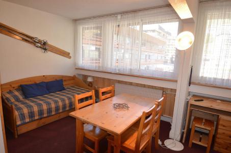 Location au ski Studio 4 personnes (24) - Résidence Beaufortain - Les Menuires - Séjour