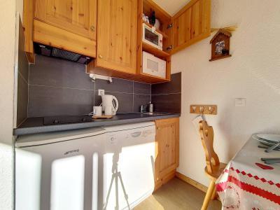 Location au ski Studio cabine 4 personnes (134) - Résidence Boedette D - Les Menuires